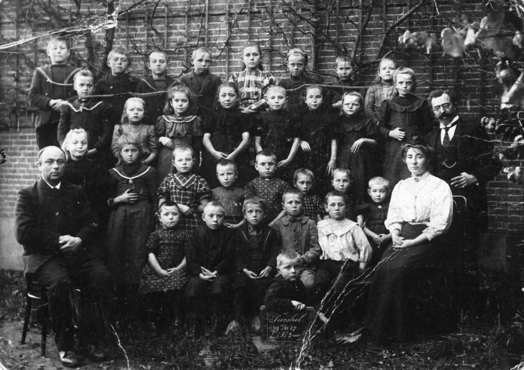 1907-piershil-schoolfoto-02-groot