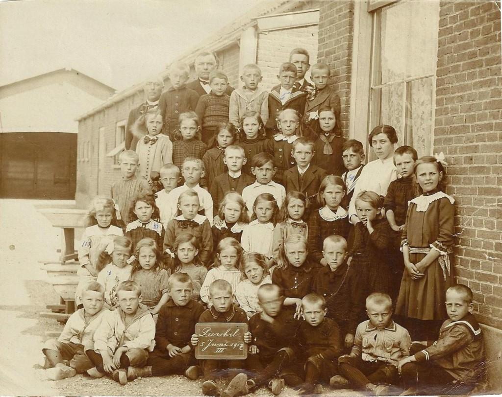 1917-piershil-schoolfoto-groot