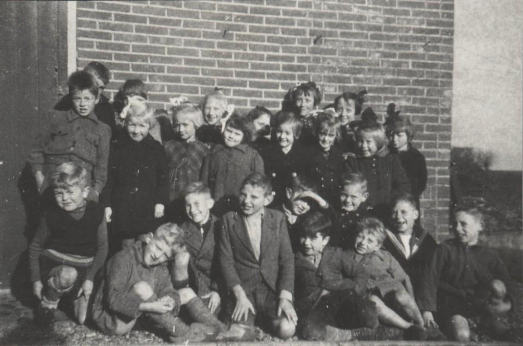 1945-piershil-schoolfoto-ols-03-groot