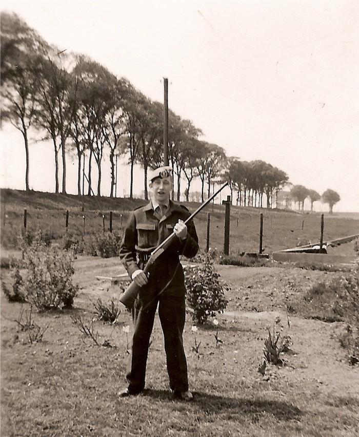piershil-advanbergeijk-oudendijk-juli1956-02