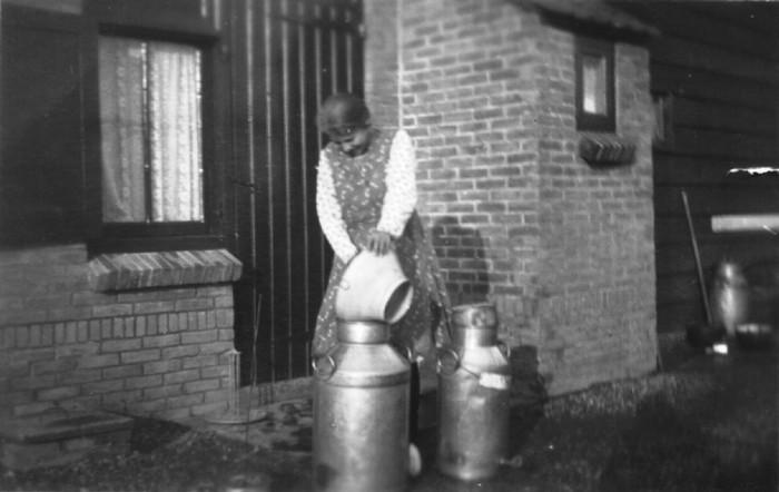 piershil-buitendijk-melkzeef-1934