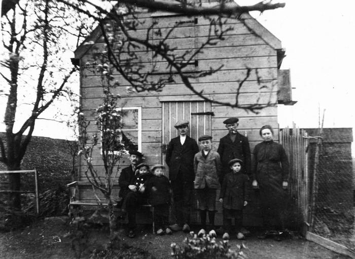 piershil-famhoepel-achtertuin-1919