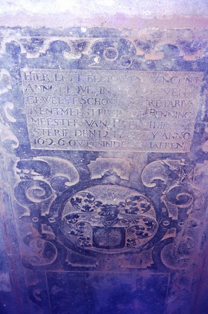 piershil-foto-kerk-grafsteen-06