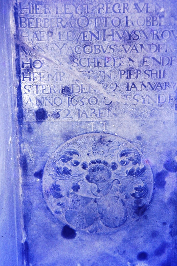 piershil-foto-kerk-grafsteen-07