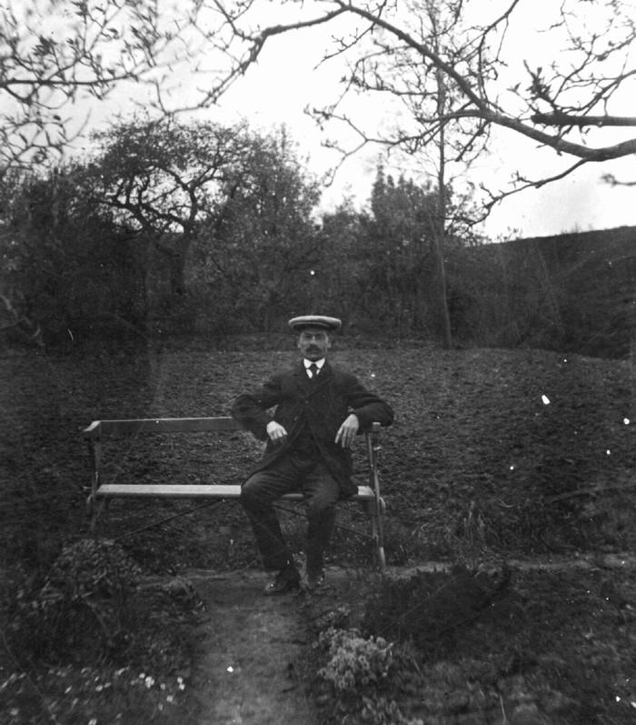 piershil-janushoepel-achtertuin-1915