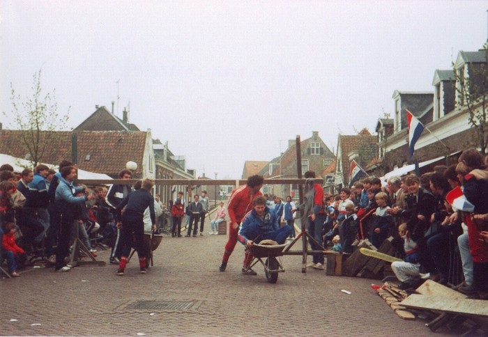 piershil-koninginnedag-1985-01