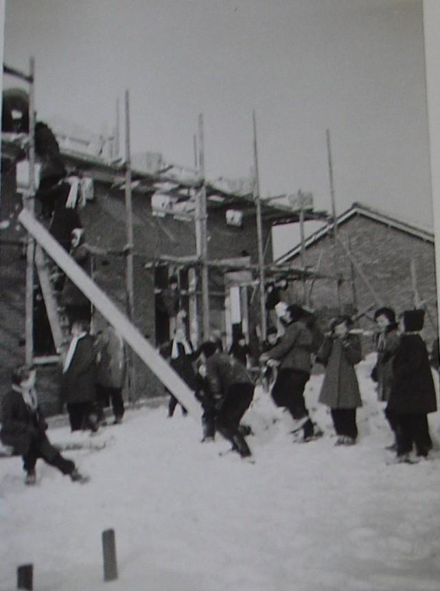 piershil-konjulianastraat-inaanbouw-1956