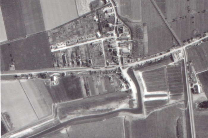 piershil-luchtfoto-1956-zoom