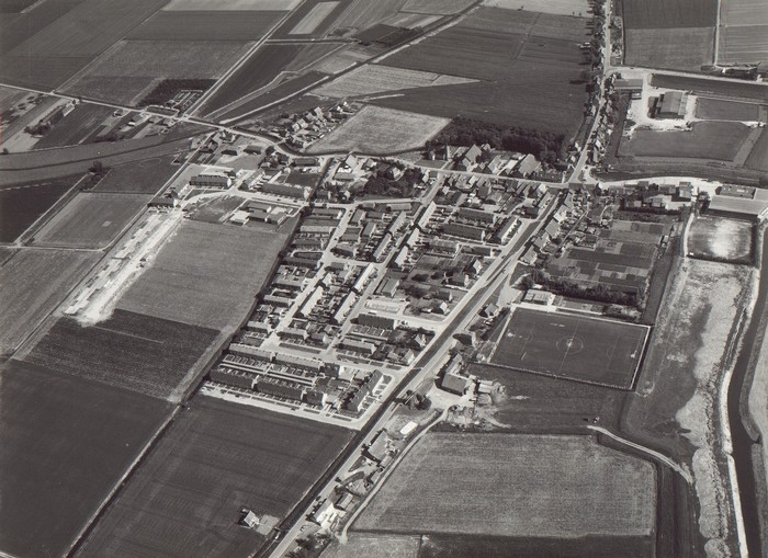piershil-luchtfoto-1973