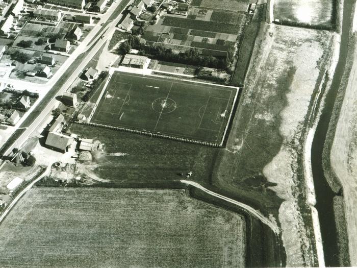 piershil-luchtfoto-1976-uitsnede-04