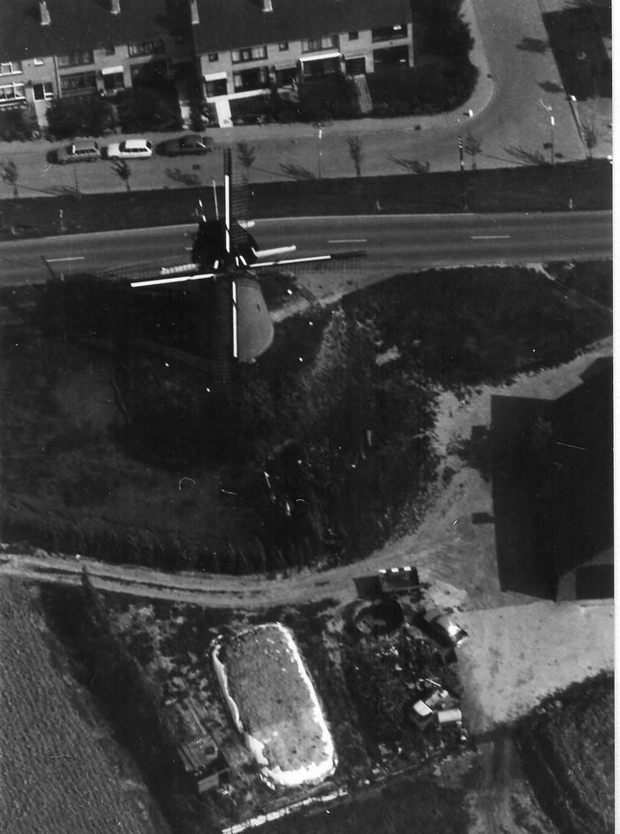 piershil-luchtfoto-1978-04