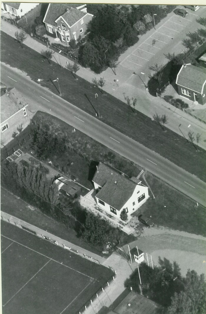 piershil-luchtfoto-1978-05