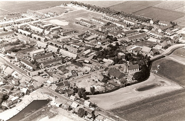 piershil-luchtfoto-1979-01
