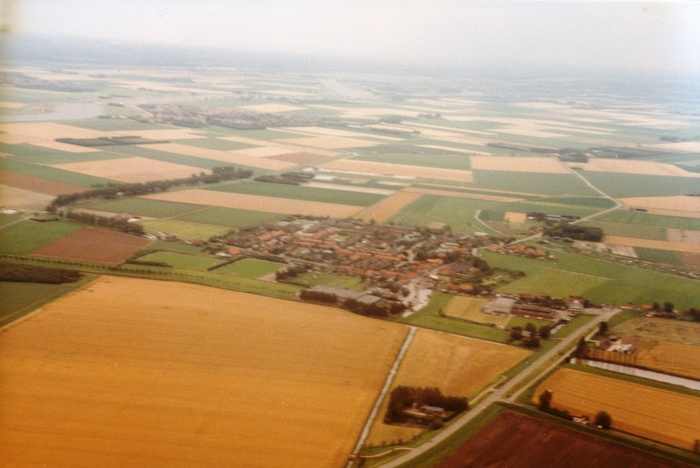piershil-luchtfoto-1985-04