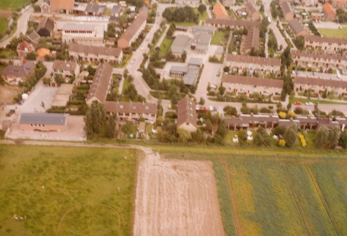 piershil-luchtfoto-1985-07