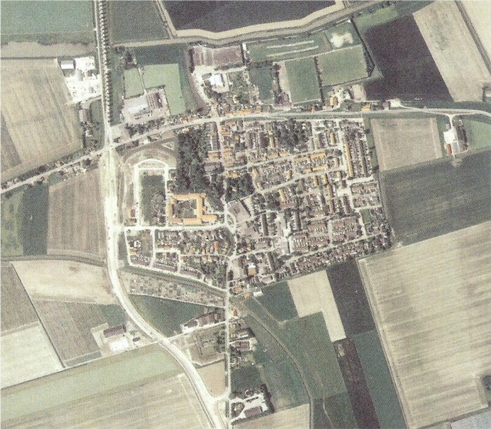 piershil-luchtfoto-2003-zoom