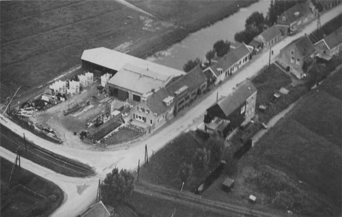 piershil-luchtfoto-bosman-1947