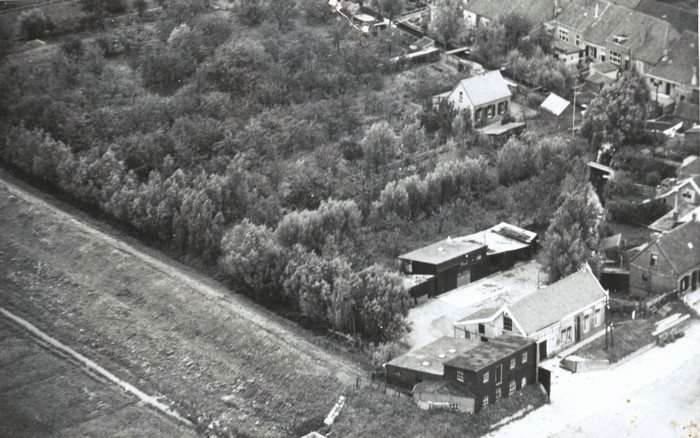 piershil-luchtfoto-kade-1947