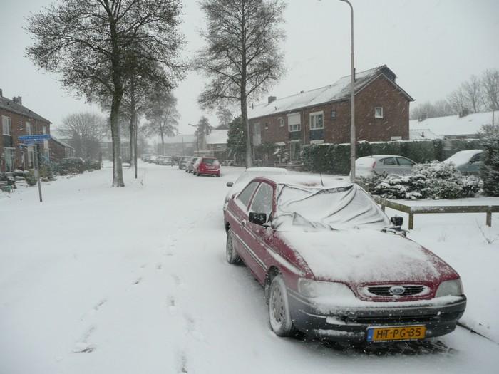 piershil-mauritsstraat-sneeuw-20dec2009-09