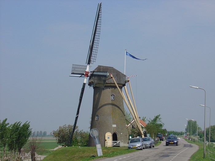 piershil-molen-molendag-13mei2006-01