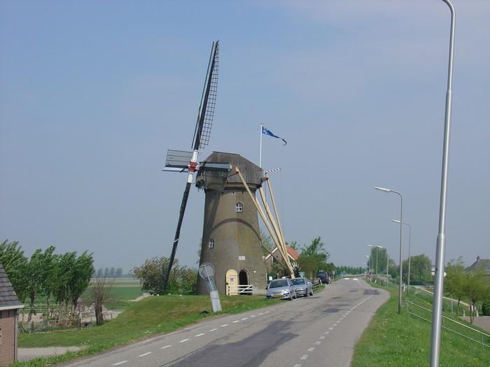 piershil-molen-molendag-13mei2006-02
