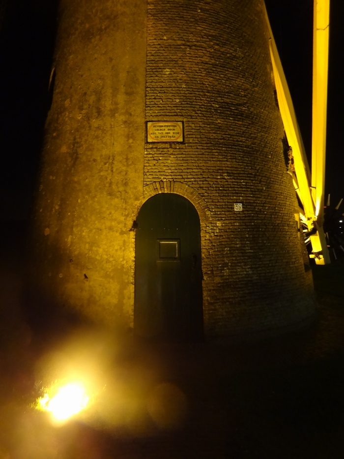 piershil-molen-simonia-by-night-29nov2012-03