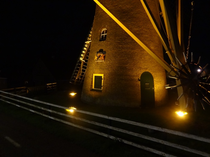piershil-molen-simonia-by-night-29nov2012-04