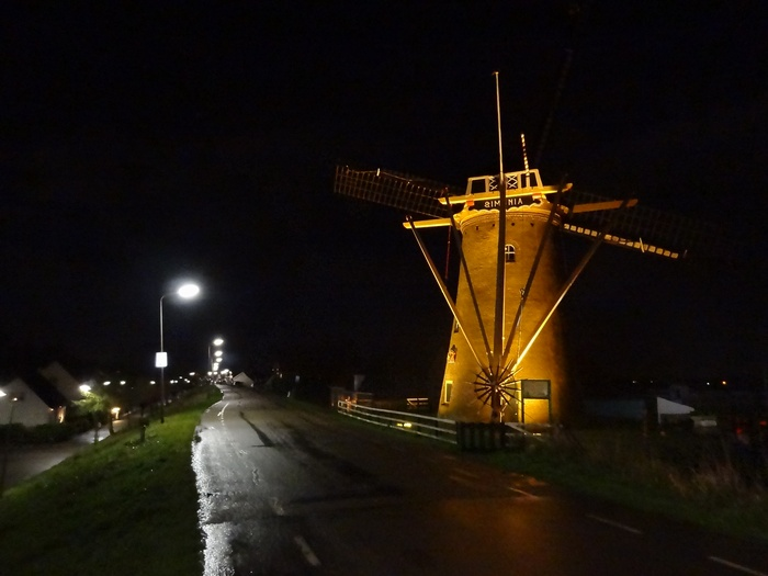 piershil-molen-simonia-by-night-29nov2012-05