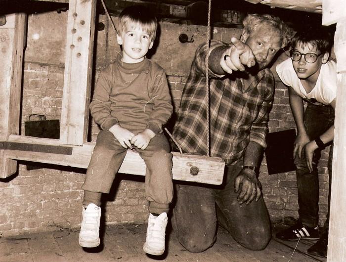 piershil-molen-toeristen1-1987