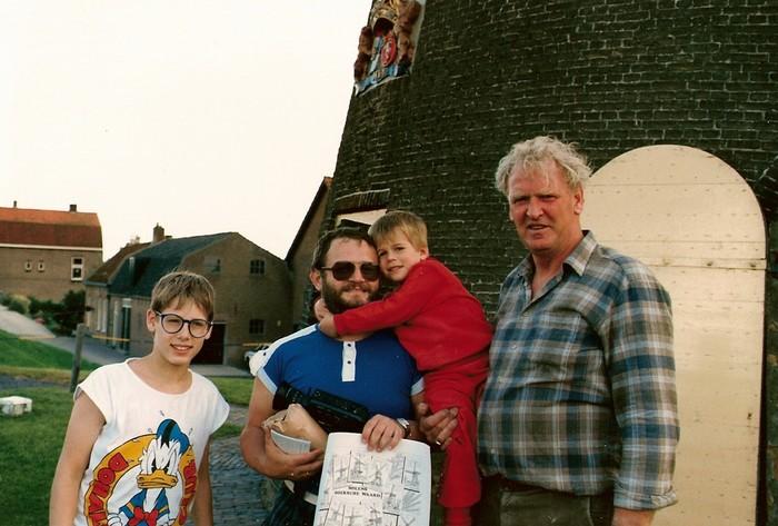 piershil-molen-toeristen2-1987