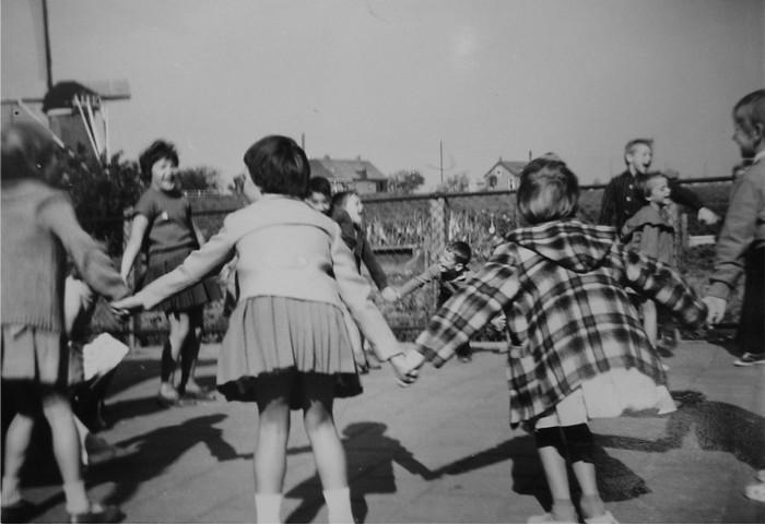 piershil-molendijk-schoolplein-50er