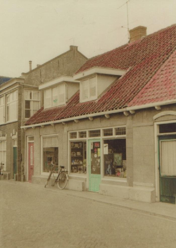 piershil-molendijk-tabakachterberg-1978