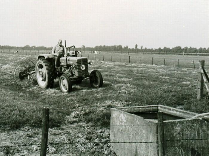 piershil-oosthoek-pietvink-tractor-1964