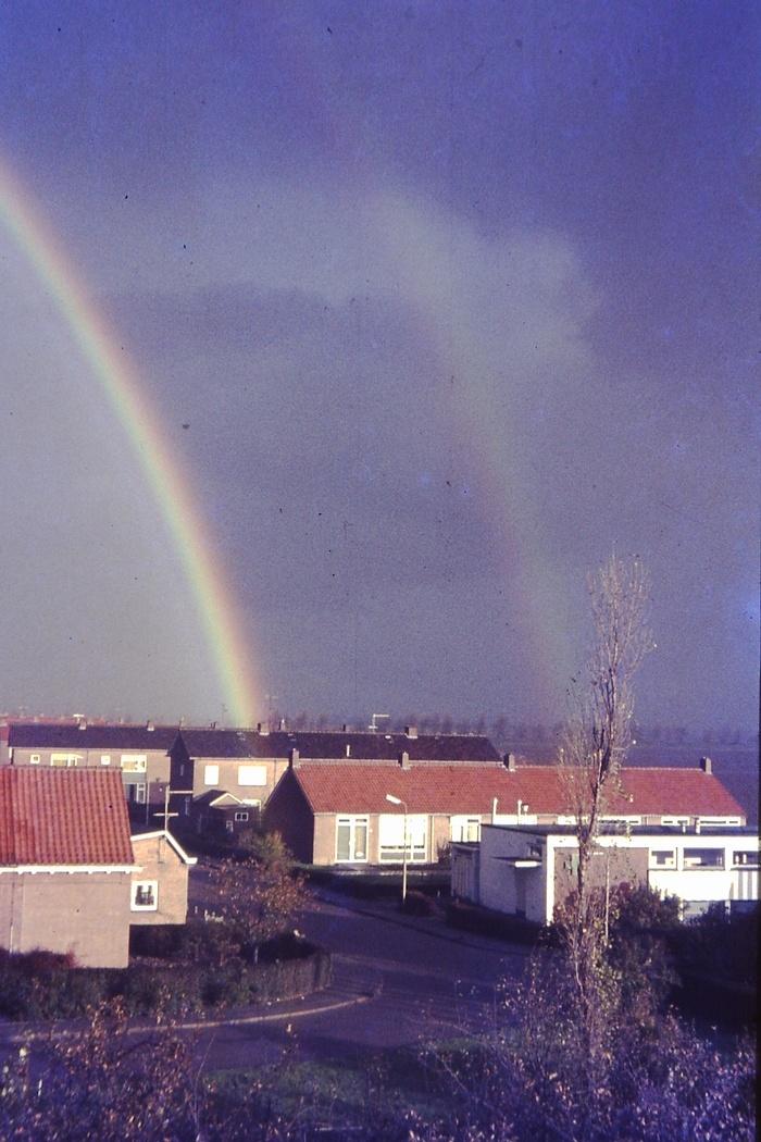 piershil-prinsbernhardstraat-2-8-regenboog