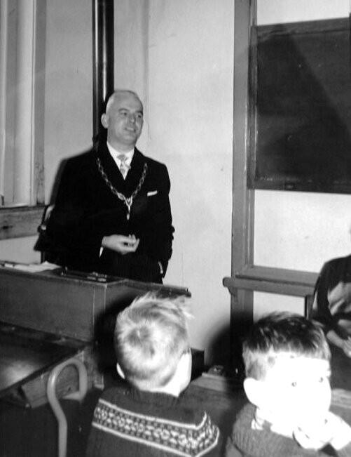 piershil-school-jubileum-jufthart-1962-02