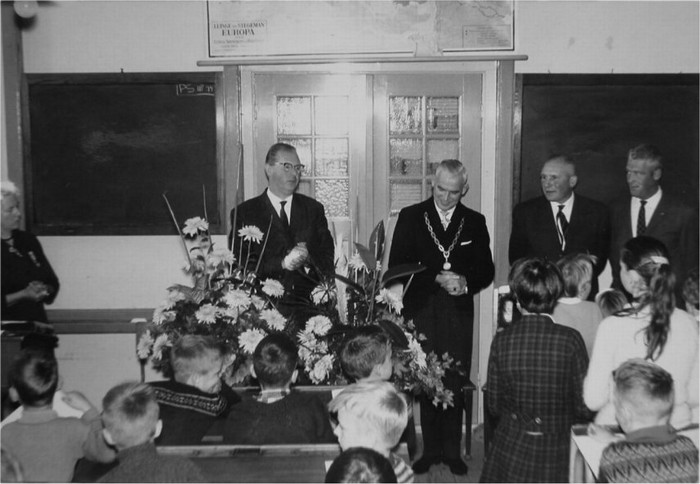 piershil-school-jubileum-jufthart-1962-04