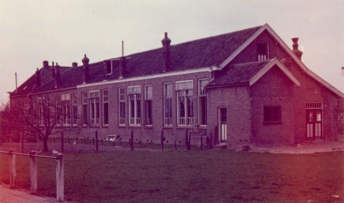 piershil-school-molendijk-achter-02