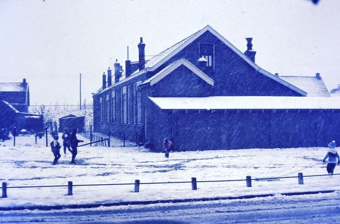 piershil-school-winter1969-1970