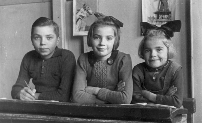 piershil-schoolfoto-klaas-corrie-toos-veerman