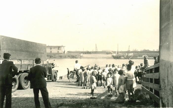 piershil-schoolreis-pont-1947