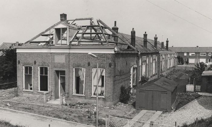 piershil-sloop-oudeschool-juni1971-02
