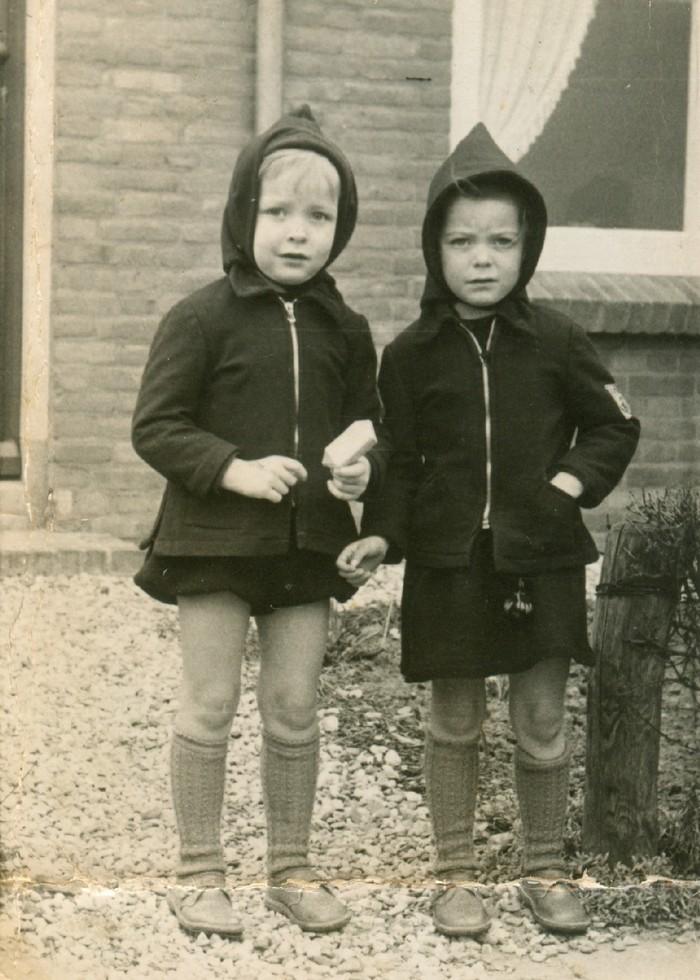 piershil-tweelingen-pietaadriaan-deheer-kleuterschool-1952