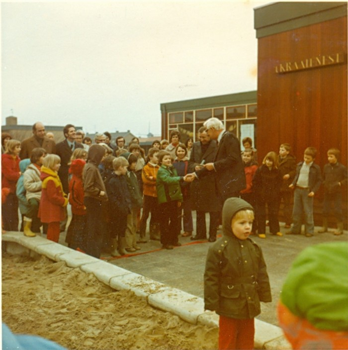 school-opening-maart1975-02