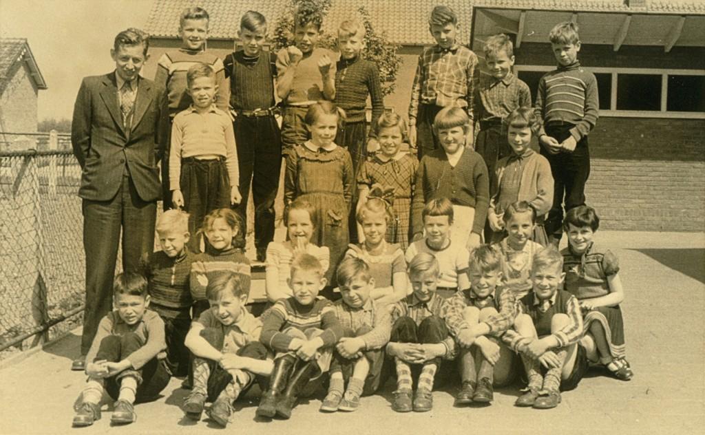 1957-1958-schoolfoto-ols-02-groot