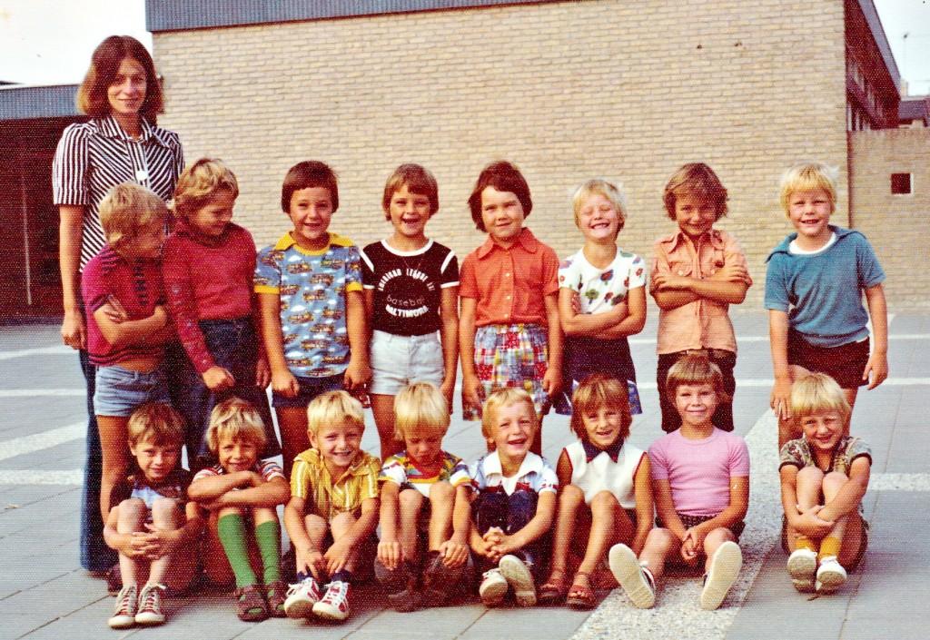 1976-1977-klas1-schoolfoto-ols-groot