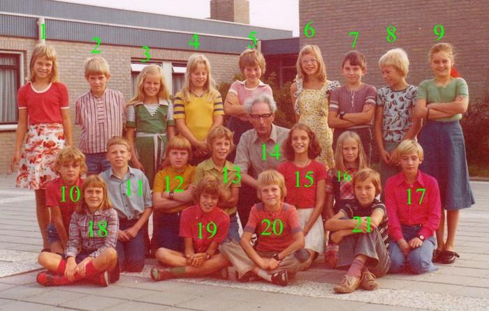 1976-1977-piershil-schoolfoto-cls-nrs