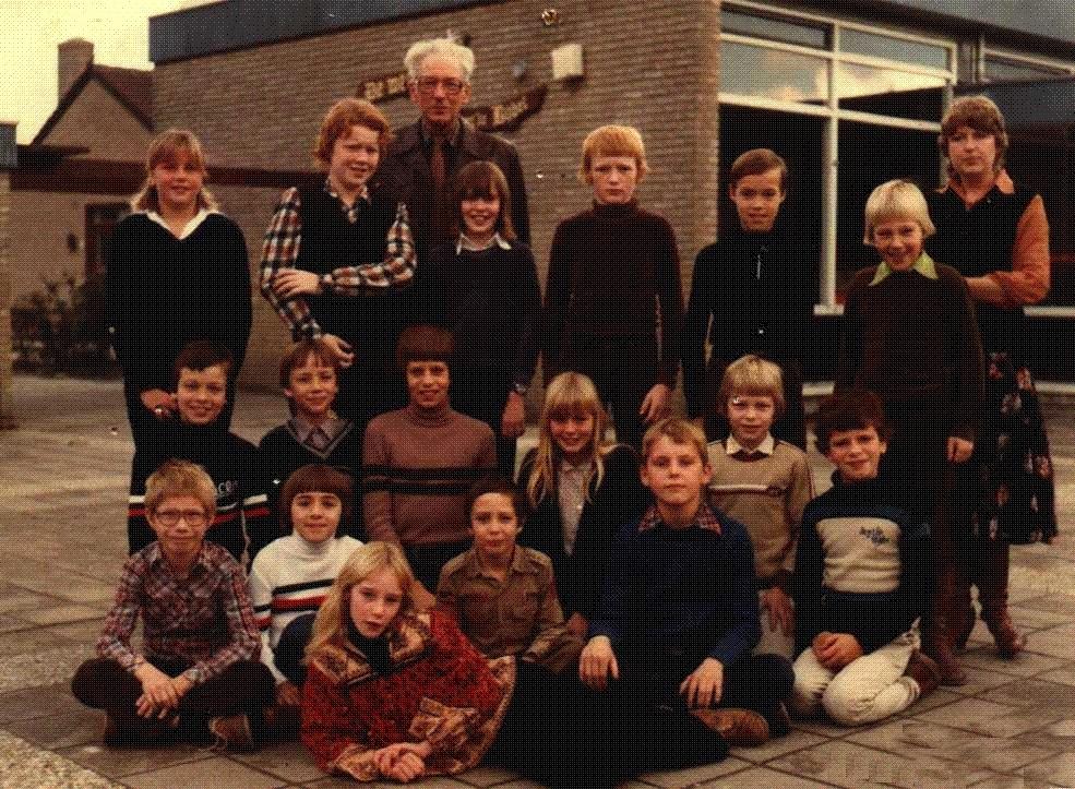 1979-1980-piershil-schoolfoto-cls-groot