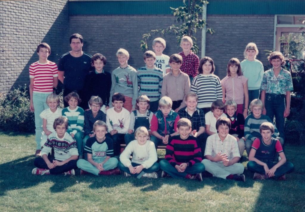 1981-piershil-ols-schoolfoto-groot
