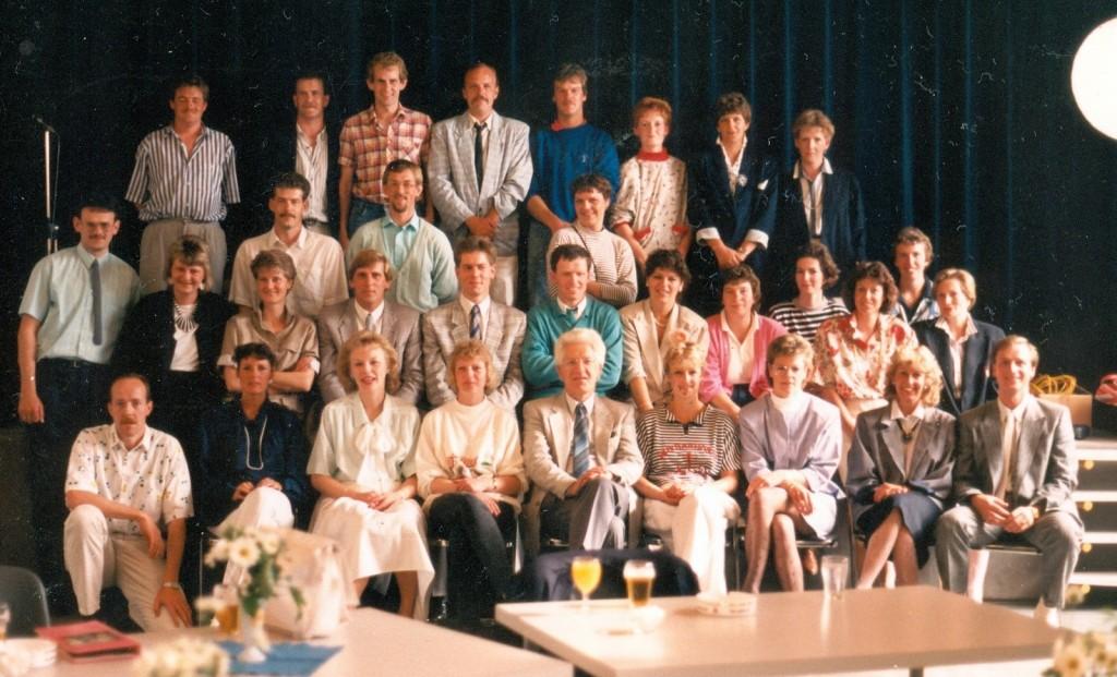 1988-piershil-schoolfoto-reunie-groot
