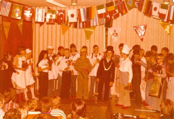 piershil-school-ols-afscheidgroep8-1979-01